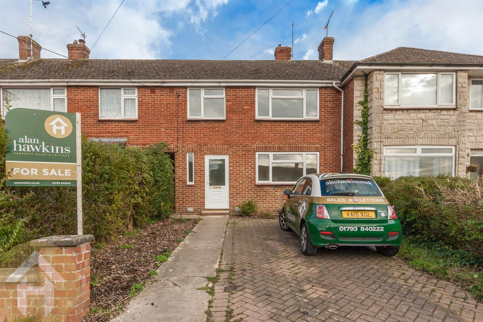 3 Bedrooms Terraced House for sale in Templars Firs, Royal Wootton Bassett
